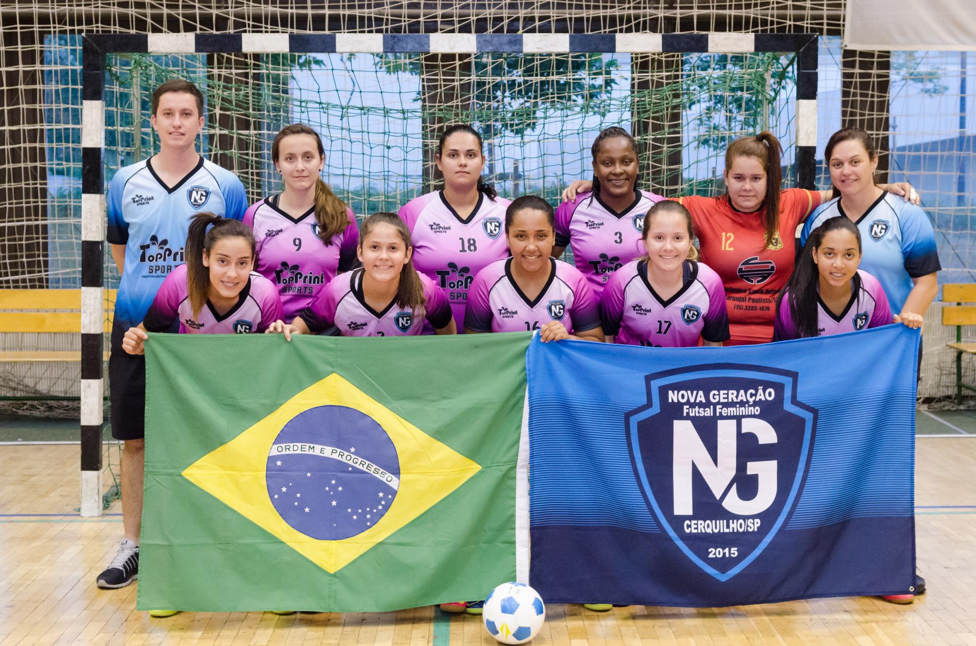 Lányaink is megmérkőztek a brazil futsal vendégcsapattal  4a670a533e019